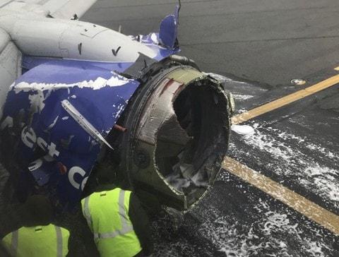 Southwest_Airlines_Emergency_Landing_65090-1e6ad.jpg
